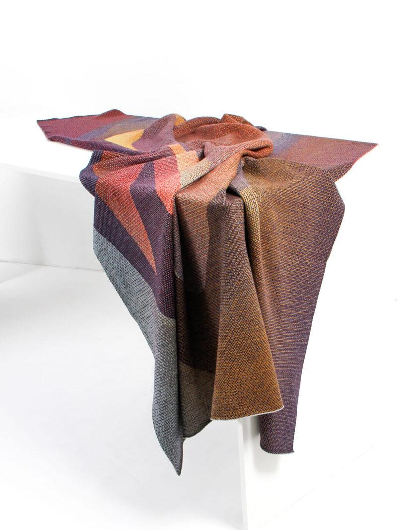 Knitted Blanket Musselshell drapiert